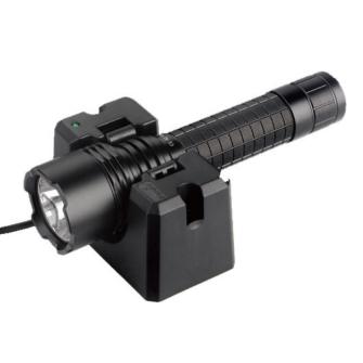 FENIX RC20 LED Akku Taschenlampe mit USB Ladestation